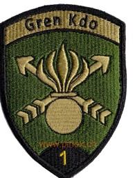 Photo de Gren Kdo 1 schwarz mit Klett Greni Badge